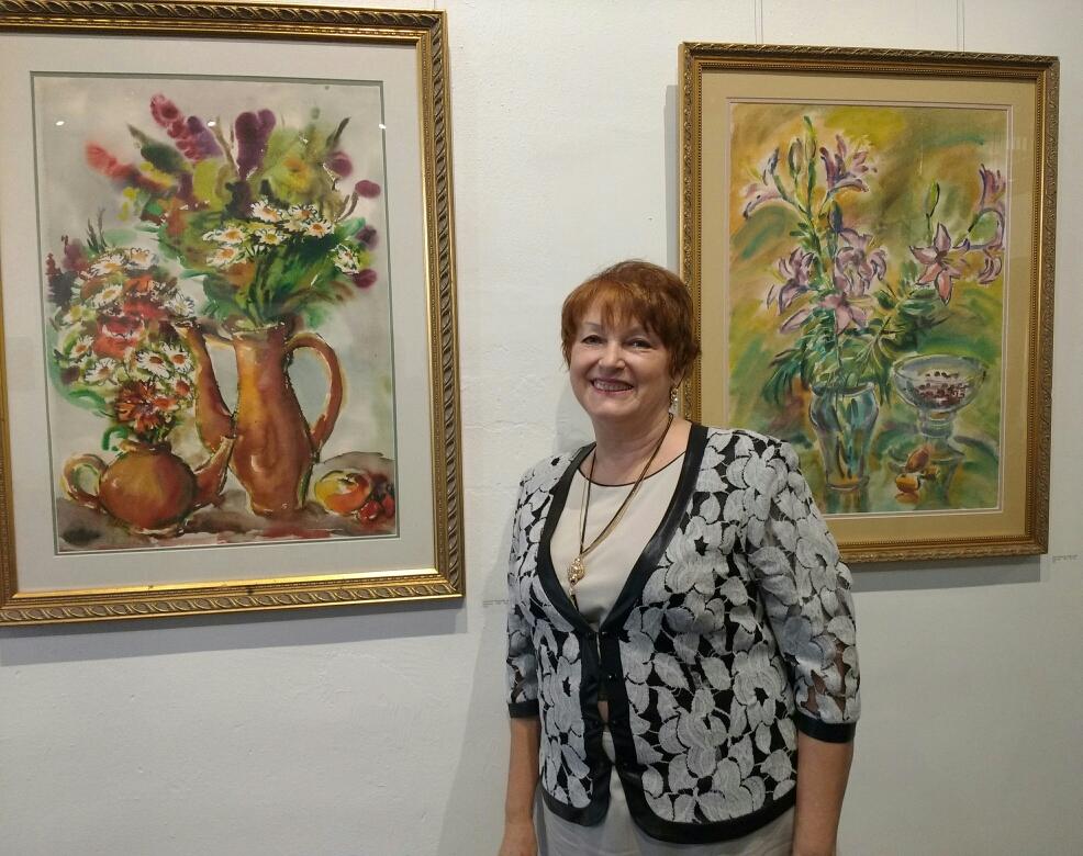2 акварели. Елена Мальцева на своей выставке в Канзас Сити 6окт17г.