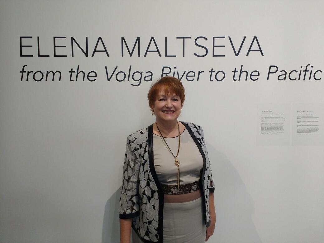 Елена Мальцева на своей выставке в Канзас Сити 6окт17г.